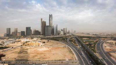 साउदीका महिलाले सवारी चलाउन पाउने
