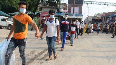 भारतबाट फर्केर क्वारेन्टिनमा बसेका व्यक्तिको अनिवार्य औलो परीक्षण हुने