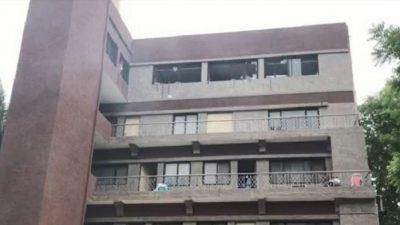 गुजरातमा कोरोनाका बिरामी राखिएको अस्पतालमा आगो लाग्दा ३ महिलासहित ८ जनाको मृत्यु