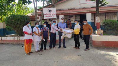 गैर आवासिय नेपाली संघद्धारा अर्घाखॉंचीमा स्वास्थ्य सामाग्री वितरण