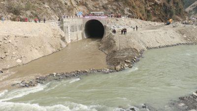 संखुवासभामा निर्माणाधीन अरुण ३ को काम तिब्रगतिमा अघि बढ्दै ( फोटो फिचर सहित )