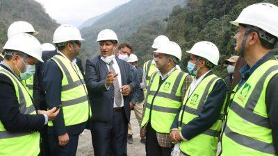 सरकारी उच्चस्तरीय टोलीद्वारा अरुण-३ जलविद्युत परियोजना निरीक्षण ( फोटोफिचर )